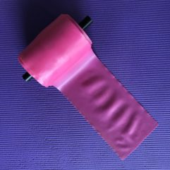 Pink træningselastik med lav modstand  Pris meter / Rulle